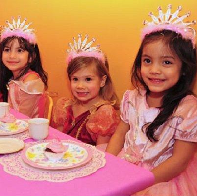 fiesta cumpleaños infantiles con tematica princesas