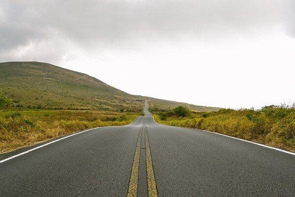celebrar cumpleaños con viaje en carretera