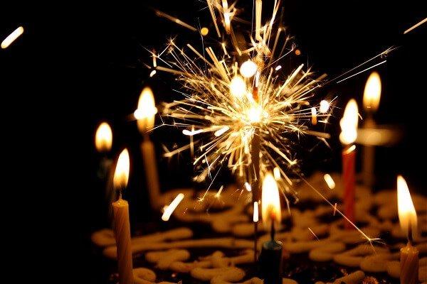 pastel de celebración cumpleaños