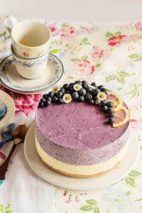pastel de cumpleaños de crema