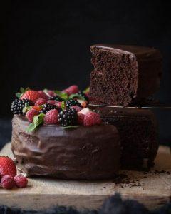 pastel de cumpleaños de chocolate