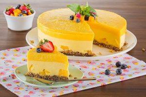 Pastel de cumpleaños de mango