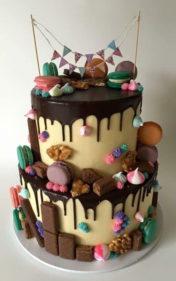 pastel de cumpleaños con galletas