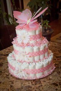 regalo original tarta de pañales para recien nacidos